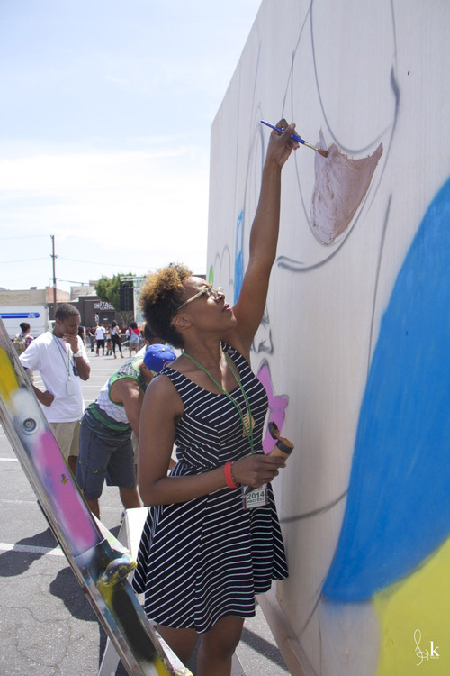 Painting Sand One mural Broccoli City Fest